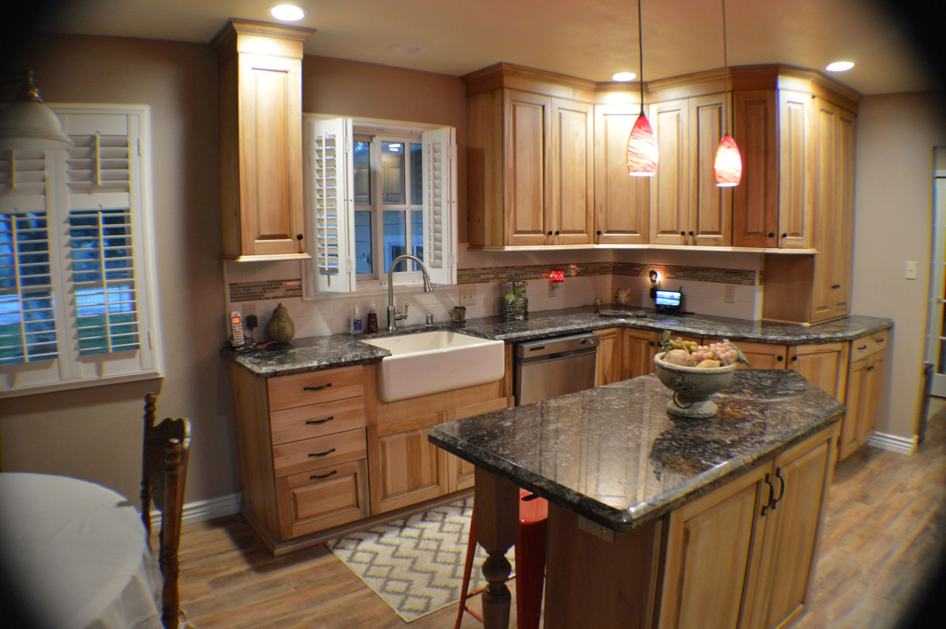 specializing in kitchen and bathroom remodel